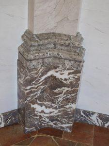 Création faux marbre dans une chapelle de Château
